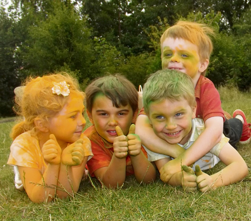 Residents of Hanham and Longwell Green are being called to take part in a Colour Fun Run  in October.